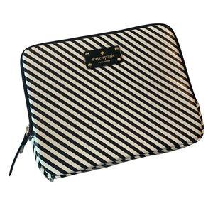 Kate Spade iPad 8x10 Black & White Zip Case/Sleeve